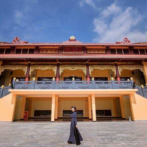 Tết chụp áo dài ở đâu đẹp và mới lạ tại Sài Gòn?