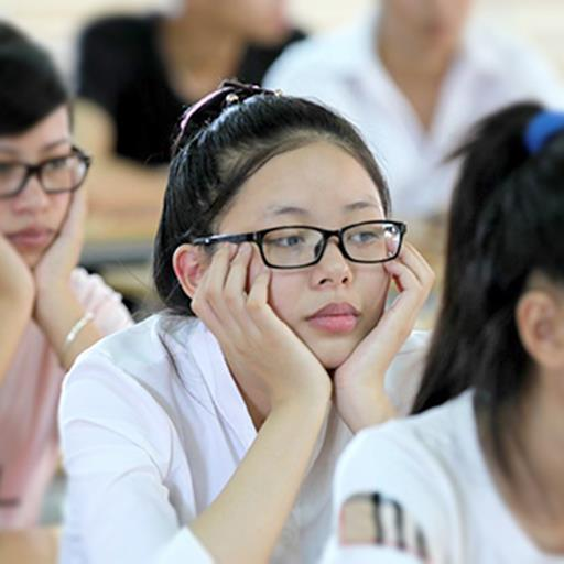 'Phụ huynh không muốn quản, giáo viên không dám quản': Giáo dục là trách nhiệm của ai?