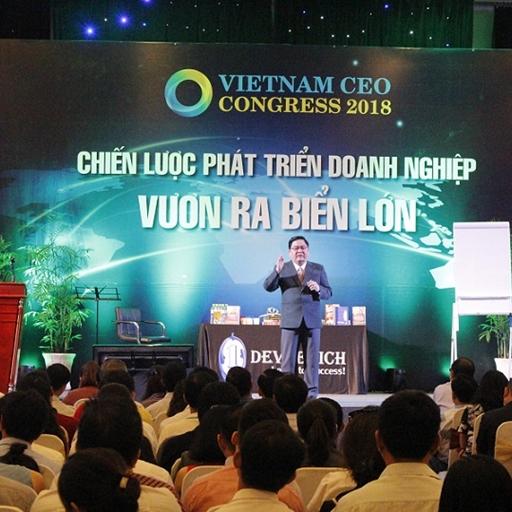 Diễn giả Lê Văn Hiển xuất hiện chia sẻ tại Vietnam Ceo Congress 2018 thu hút đông đảo doanh nhân tham dự
