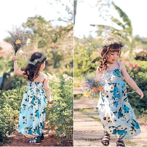 Bé gái 4 tuổi siêu dễ thương đam mê chụp mẫu phụ mẹ kinh doanh quần áo trẻ em