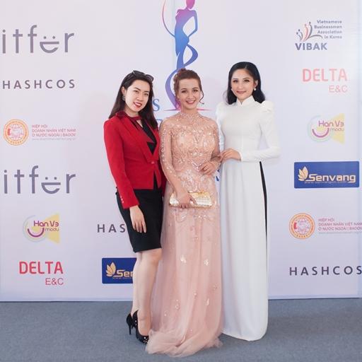 MC-BTV Hoài Thư đọ sắc cùng dàn Sao, Hoa - Á hậu, các người đẹp đạt danh hiệu trong các cuộc thi nhan sắc
