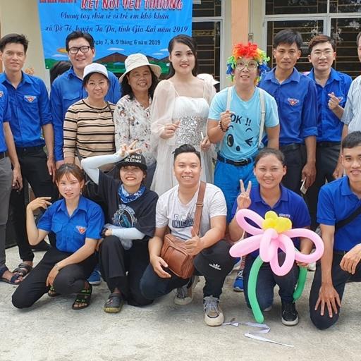 Group 6W lan tỏa tinh thần thiện nguyện và sự yêu thương đến vùng phố núi Gia Lai